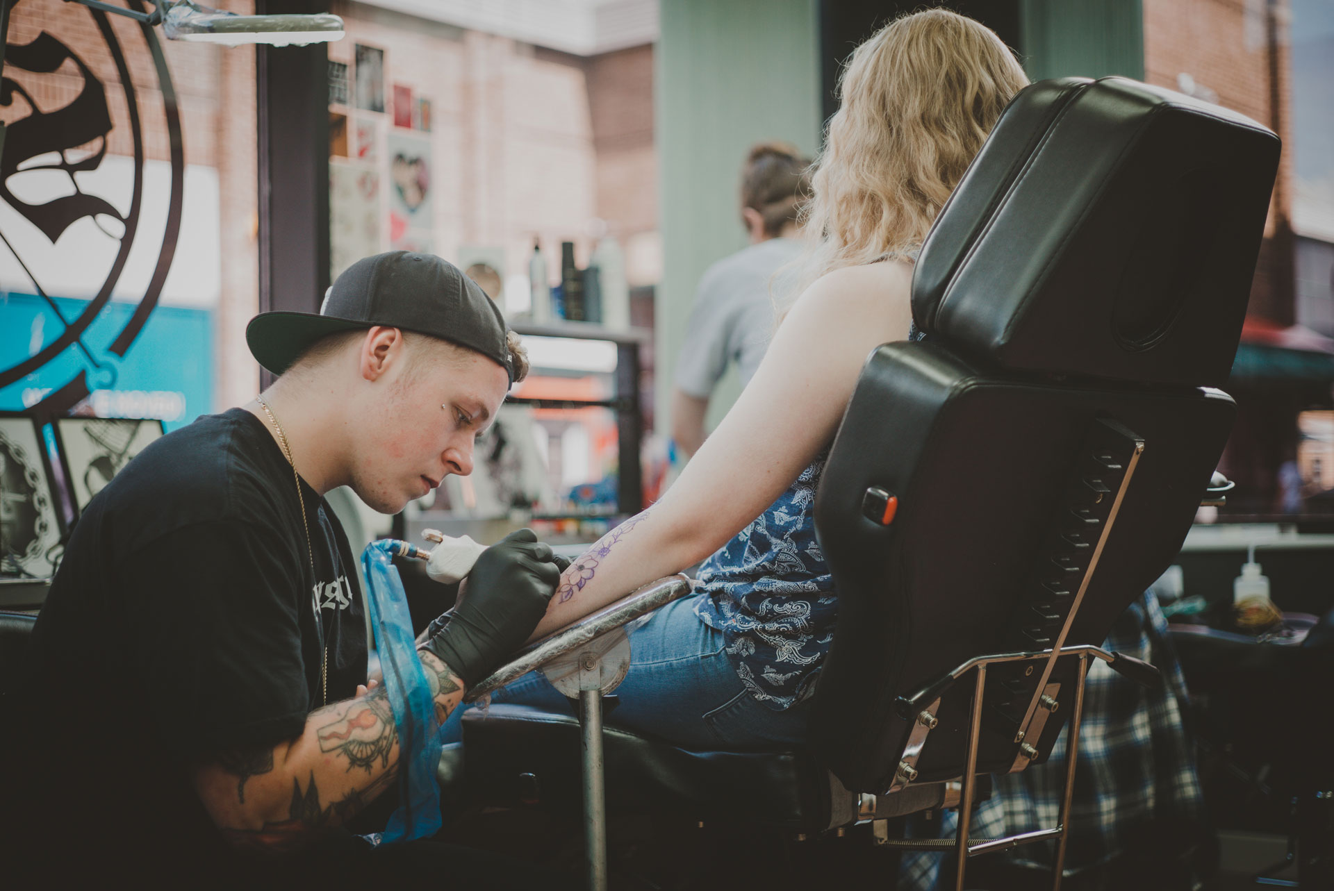 Lee Tattooing